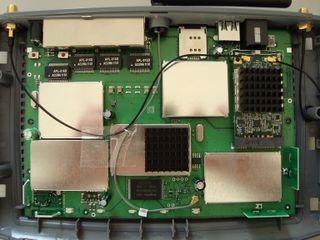 320px-FRITZ%21Box_6840_LTE-BildC.jpg